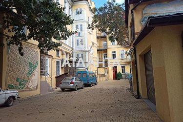 Изображение 13 — продается многокомнатная в Приморском районе: 120000 у.е.
