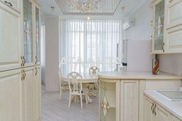 продается 3-комнатная в Приморском районе — 178000 у.е.